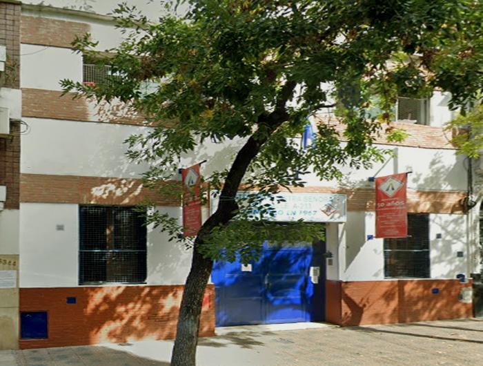 Listado de colegios privados en el barrio de Almagro 10