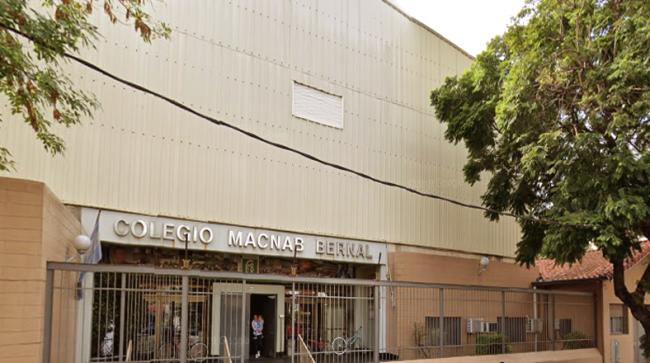 Colegio Macnab Bernal 20