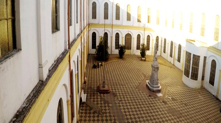 Instituto Sagrada Familia 2
